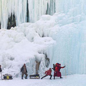 chadar trek - the zanskar frozen river leh
