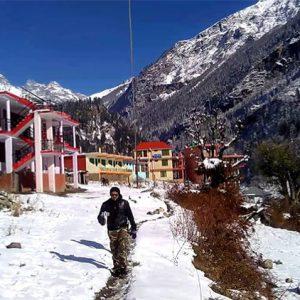 Beautiful scenery Kasol Kheerganga and Tosh Trek